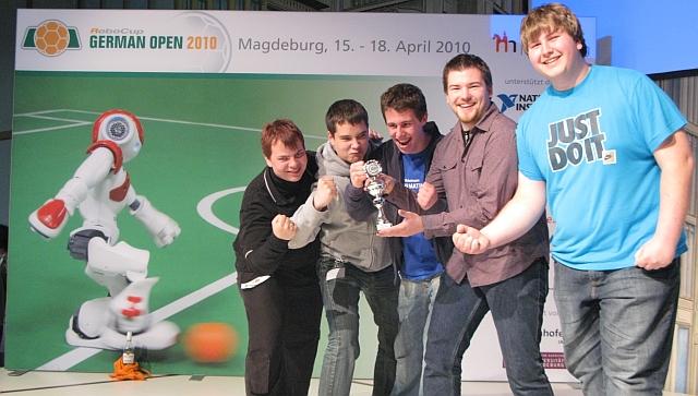 Der Informatik-LK beim RoboCupJunior 2010 in Magdeburg