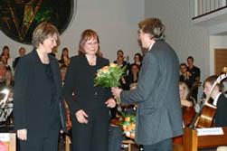 Blumen für Sylvia Achs und Astrid Demattia