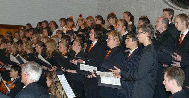 Der Große Chor und Das Orchester.