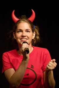 Tatyana bei als Teufelchen Bella