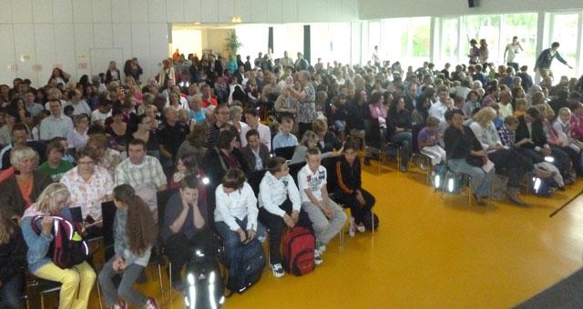 Volle Halle am Goethe-Gymnasium