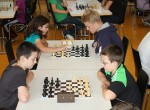 Schachmeisterschaft: jüngster Teilnehmer wird Schulmeister