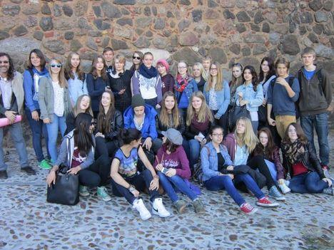 Deutsche und spanische SchülerInnen-1