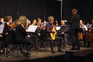 Goethe-Gymnasium feiert Frühlingskonzert des Orchesters