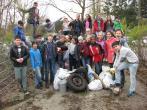 25 Sechstklässler sammelten allerlei Müll